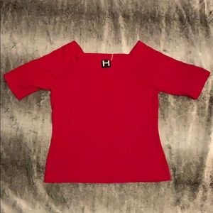 Red 3/4 length tee with fun neckline